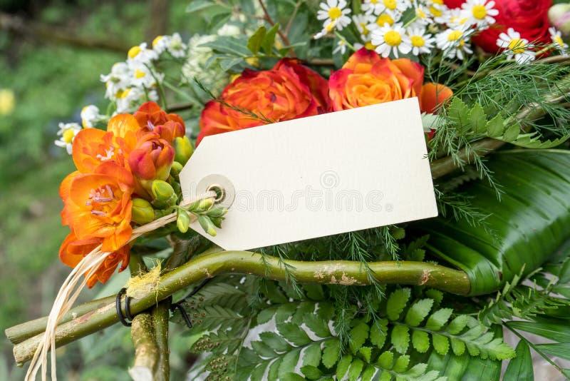 Cumprimentos da flor fotografia de stock