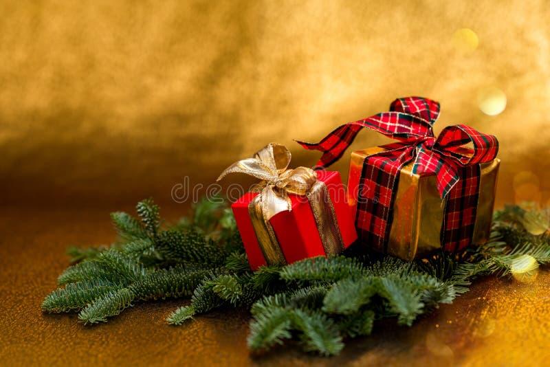 Cumprimentos do ` s do ano novo Decorações do Natal foto de stock