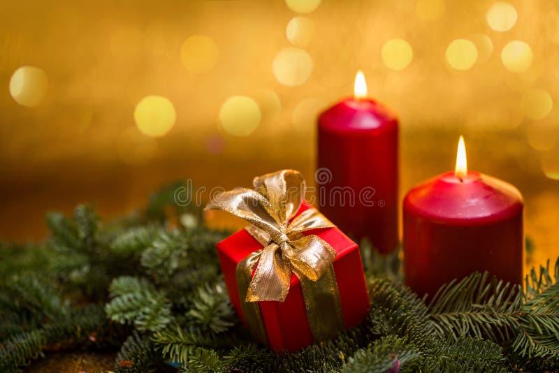 Cumprimentos do ` s do ano novo Decorações do Natal imagens de stock