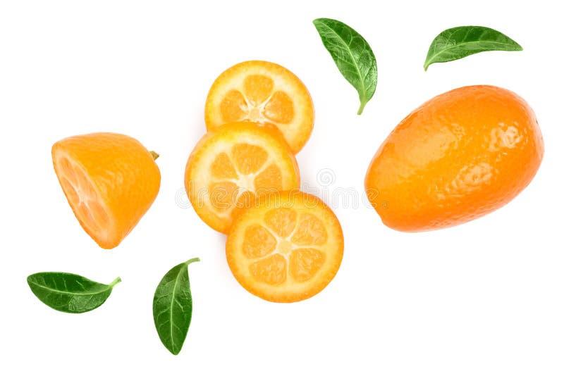 Cumquat ou kumquat com os slies isolados no fundo branco Vista superior Configura??o lisa imagem de stock