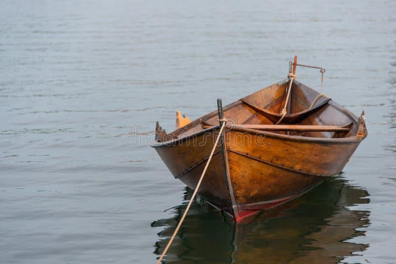Cumująca rząd łódź zdjęcie stock