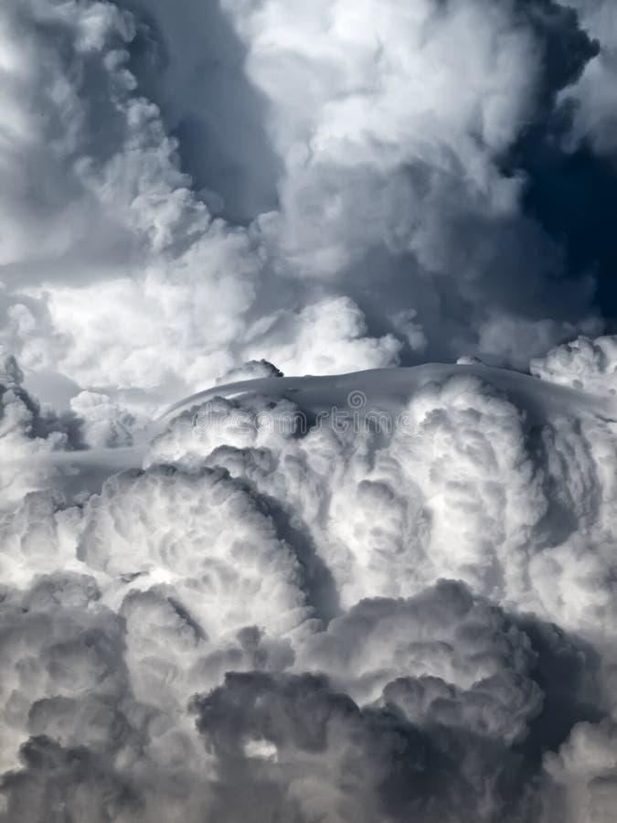 Free Cumulus And Lenticular Stock Photos - 11047423
