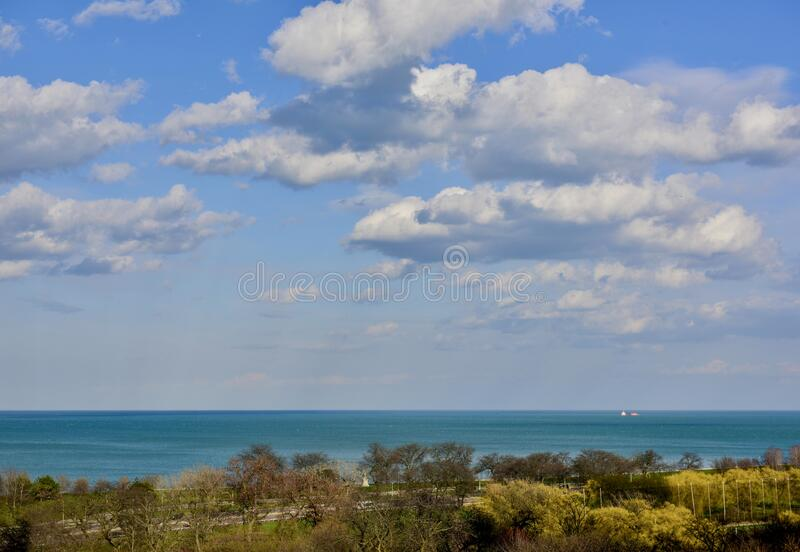 Cumulus Wolken am schönen Nachmittag #1 lizenzfreies stockbild