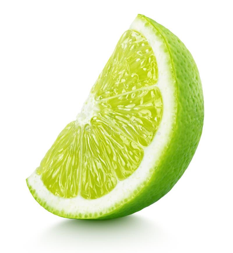 Cunha dos citrinos verdes do cal isolados no branco imagem de stock