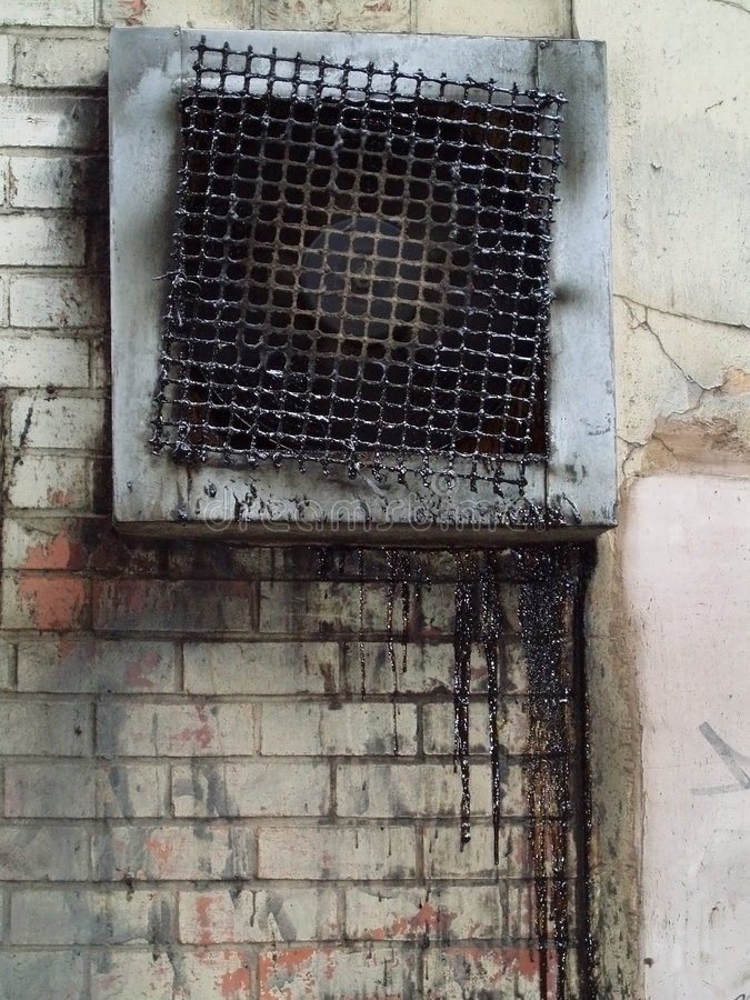 Cunicolo di ventilazione di Grunge immagine stock libera da diritti