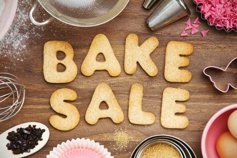 Cuocia i biscotti di vendita fotografia stock libera da diritti