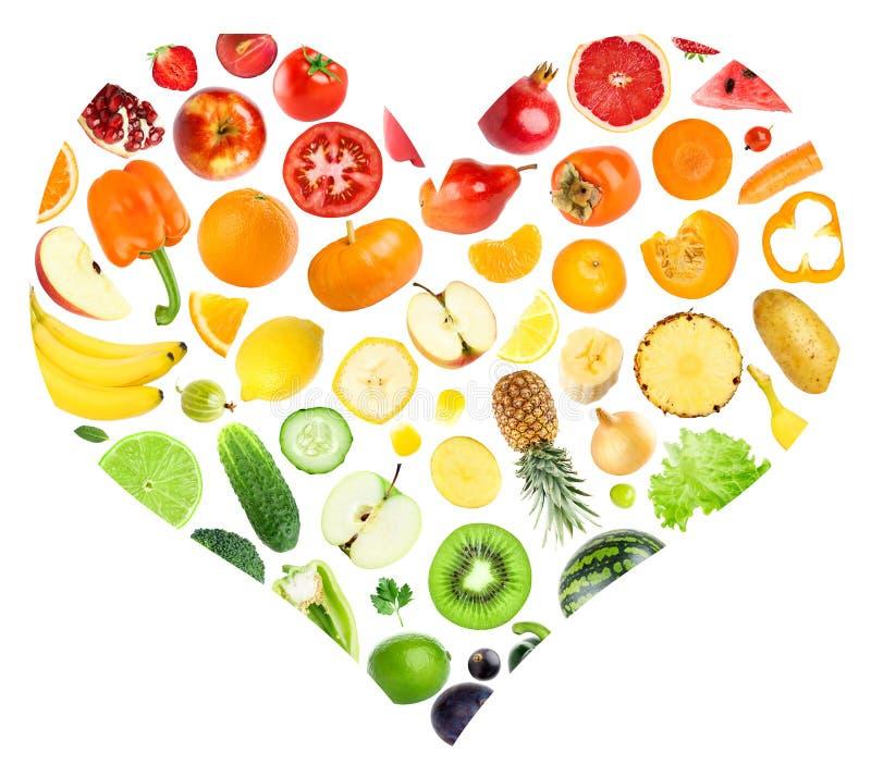 Cuore dell'arcobaleno della frutta e delle verdure fotografia stock