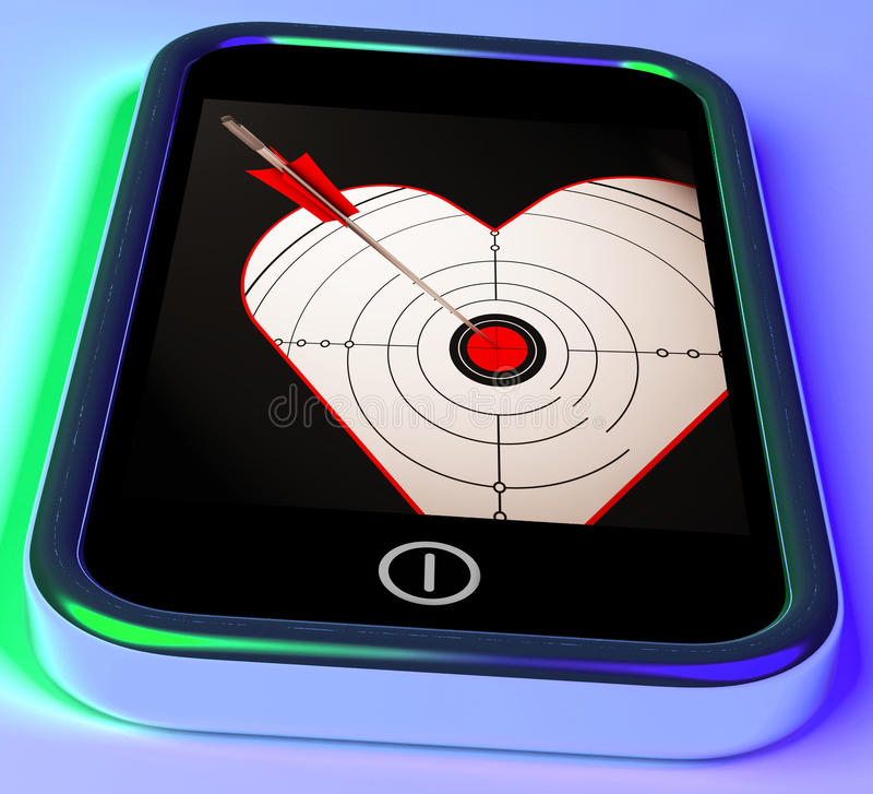 Cuore dell'obiettivo su Smartphone che mostra il colpo di amore royalty illustrazione gratis