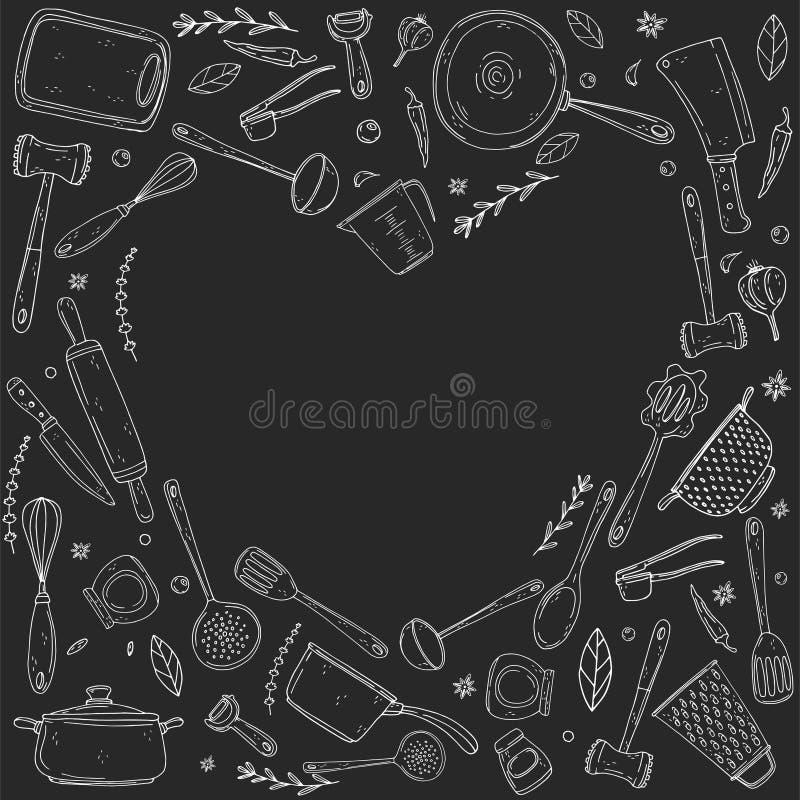Cuore di inversione fatto degli elementi con articolo da cucina disegnato a mano su un fondo della lavagna royalty illustrazione gratis