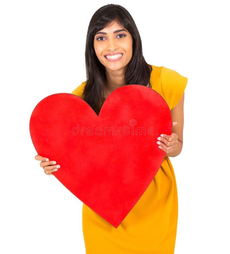 Cuore indiano di rosso della donna immagine stock