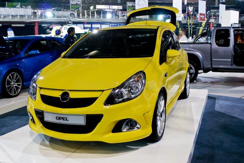 Cupé de Opel Corsa - frente - MPH foto de archivo