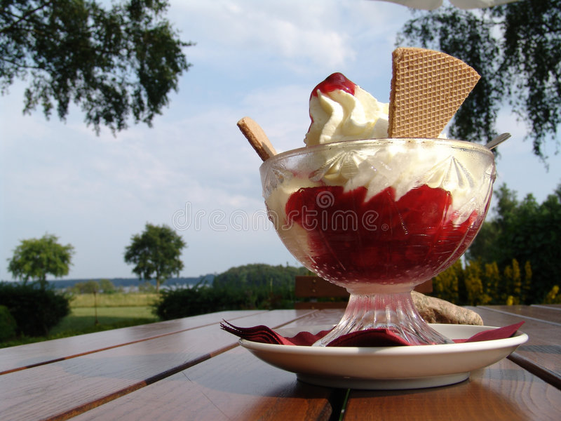 cup of icecream royalty free stock photography