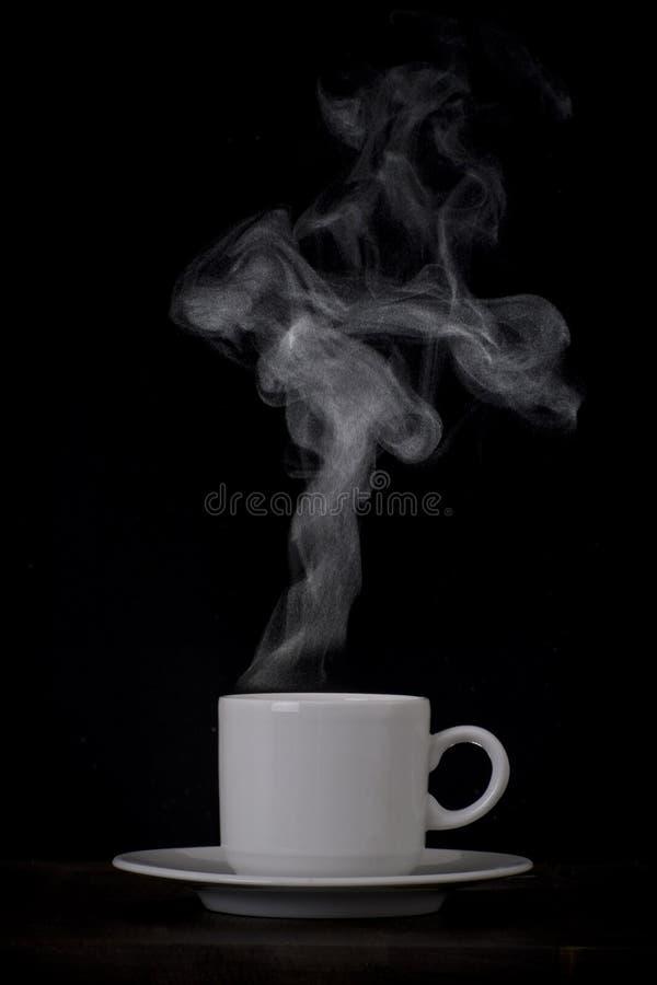 Cup mit Dampf stockfotos