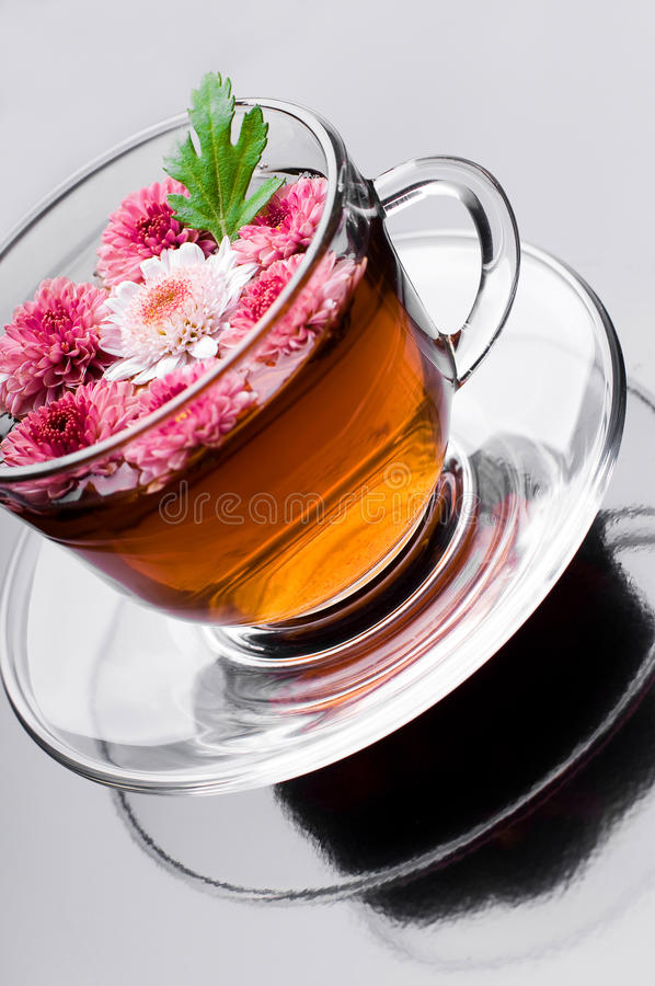 Free Cup Of Herbal Tea With Flowers Stock Photos - 16374093