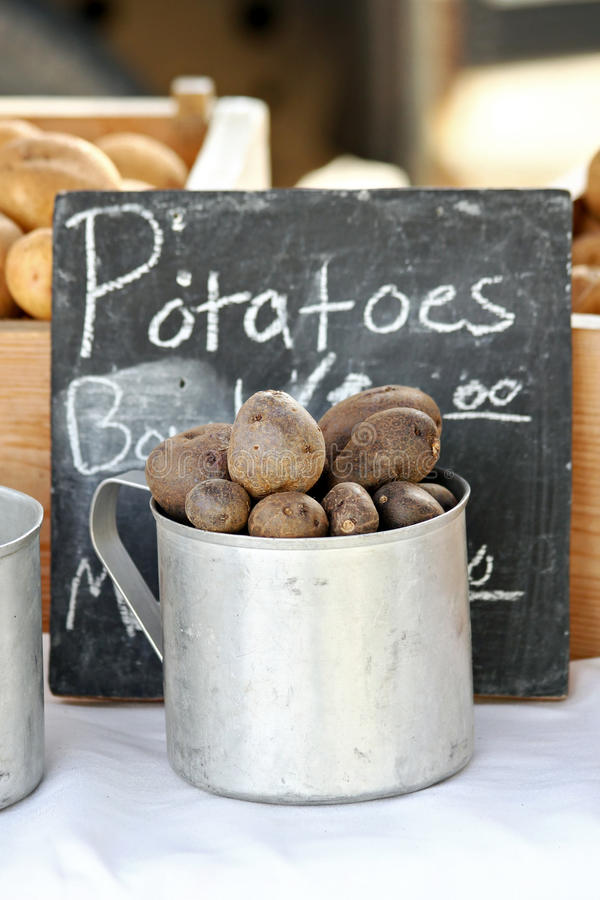 Download Cup Of Potatoes Royalty Free Stock Photos - Image: 27054638