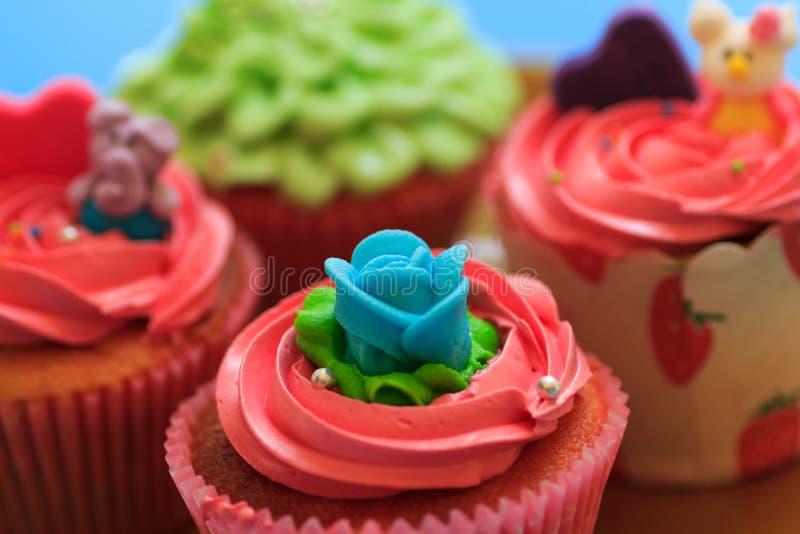 Cupcake met slagroom stock foto