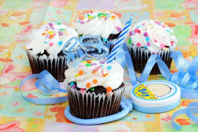 Cupcake voor de Jongen van de Baby stock foto's