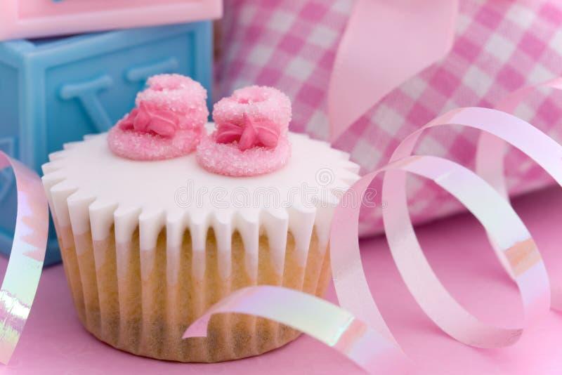 Cupcake voor een babydouche stock afbeeldingen