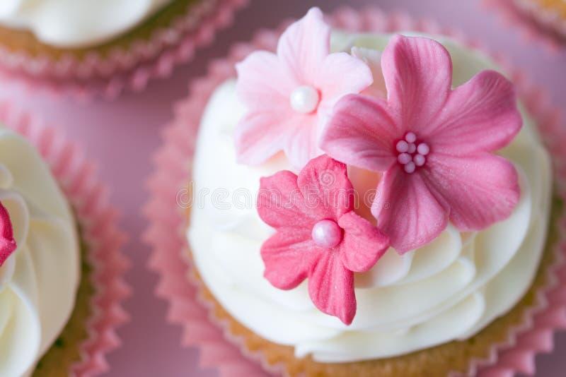 cupcakes γάμος στοκ εικόνα με δικαίωμα ελεύθερης χρήσης