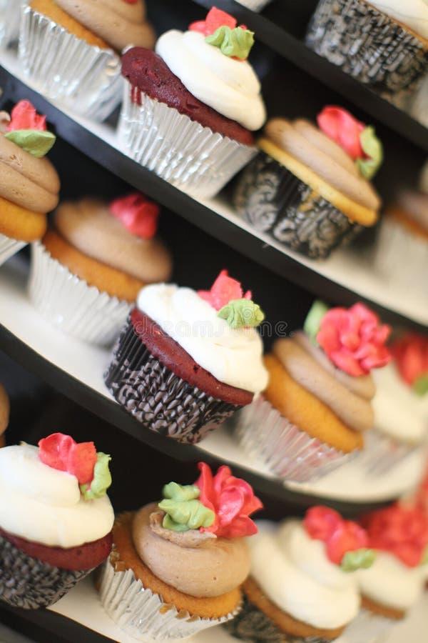 cupcakes γαστρονομικός διάφορ&omicron στοκ φωτογραφία με δικαίωμα ελεύθερης χρήσης