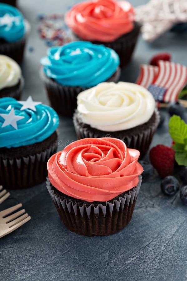 Cupcakes για το τέταρτο του Ιουλίου στοκ εικόνες
