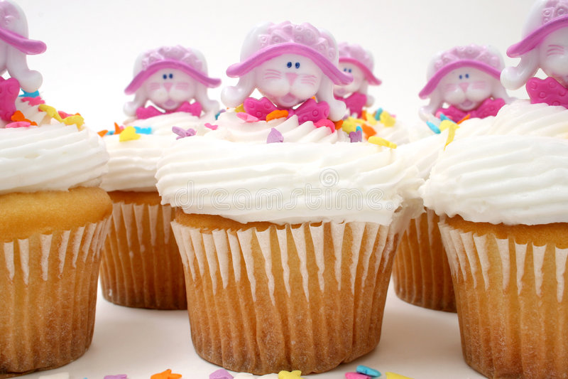 Download Cupcakes Πάσχα στοκ εικόνες. εικόνα από snack, μεταχειριστείτε - 92146