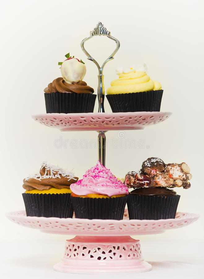 Cupcakes σε ένα cakestand στοκ εικόνες
