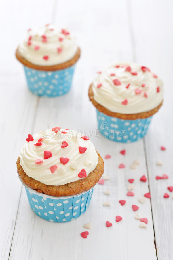 Download Cupcakes stock image. Image of swirl, buttercream, frosting - 39174403