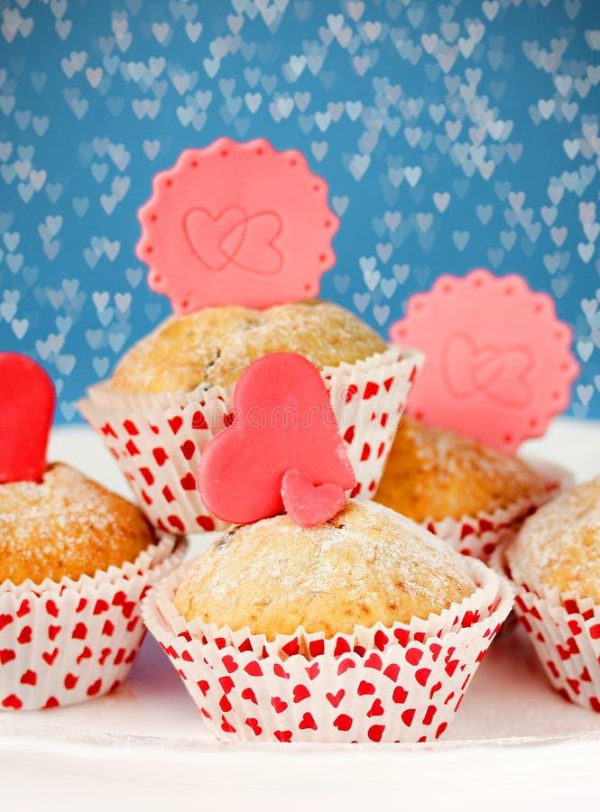 Cupcakes op de Dag van Valentine ` s royalty-vrije stock afbeelding
