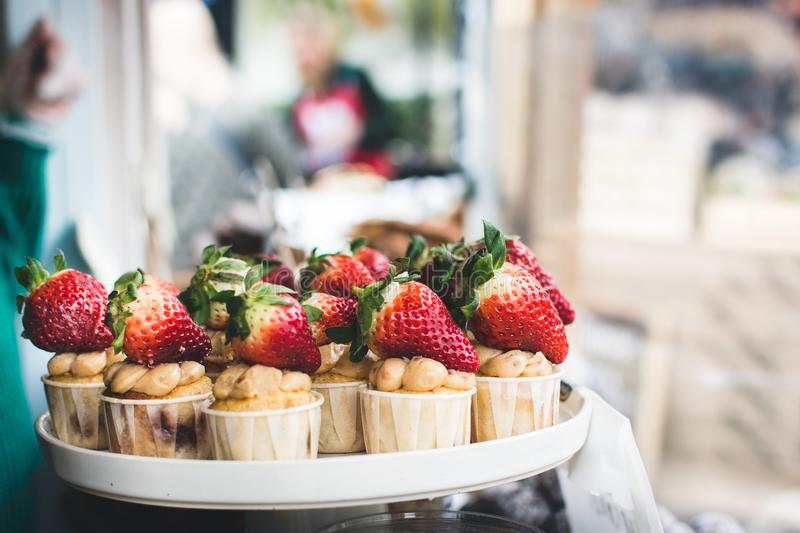 Cupcakes With Strawberries Free Public Domain Cc0 Image