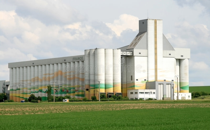 cuperly silo för de france fotografering för bildbyråer