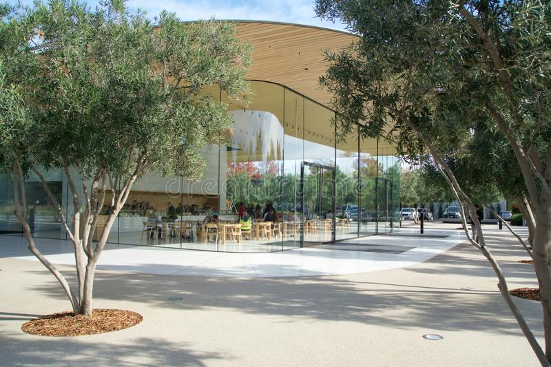 CUPERTINO, CALIFORNIA, UNITED STATES - NOV 26th, 2018: Exterior view of the new and modern Apple Park visitor center royalty free stock photography