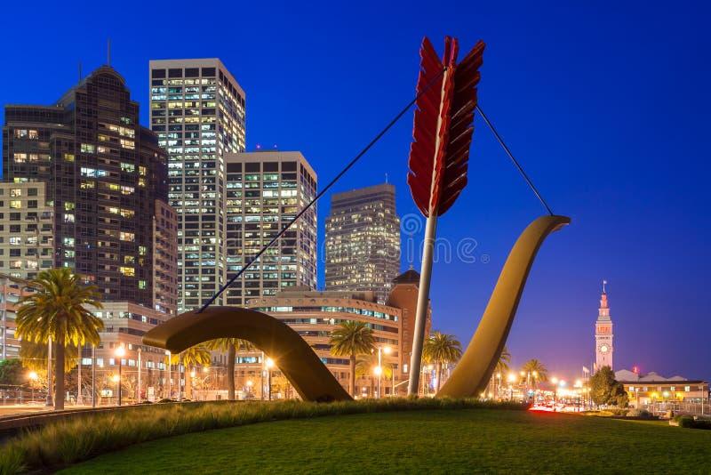Cupid'sen spänner över i San Francisco arkivfoton