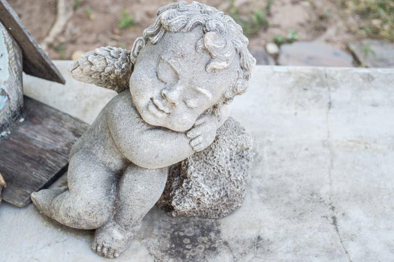 Cupidostandbeeld stock fotografie