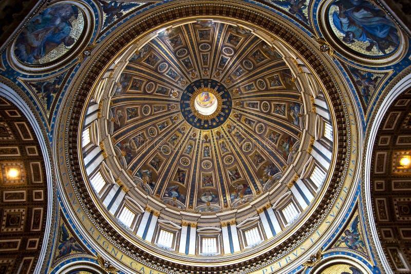 Cupola della basilica della st Peters fotografia stock