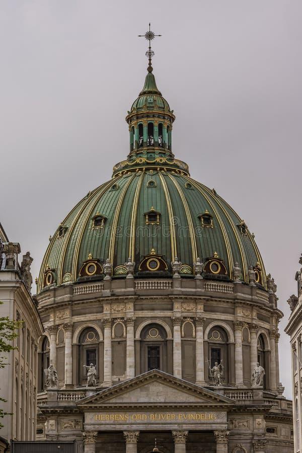 Cupola della chiesa di marmo a Copenhaghen fotografia stock libera da diritti