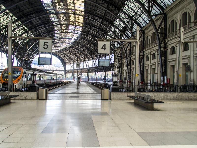 Cupola della stazione della Francia a Barcellona fotografia stock