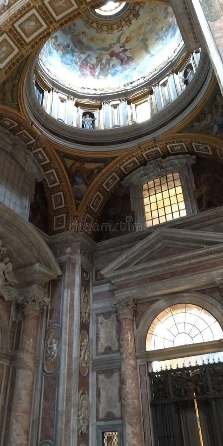 Cupola dentro della basilica dello St Peter nel Vaticano immagine stock libera da diritti