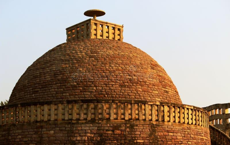 Cupola di eredità a Sanchi Stupa fotografia stock libera da diritti