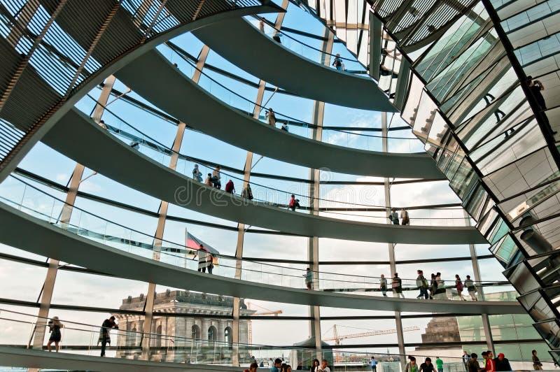 Cupola di Reichstag a Berlino, Germania fotografie stock