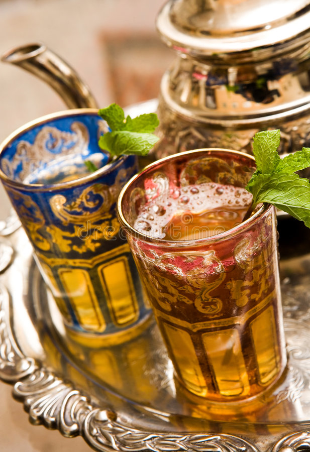 cups moroccan tea royaltyfri bild