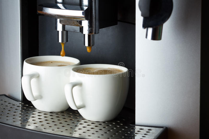 cups white för espresso två arkivfoto