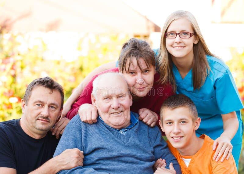 Cura della famiglia fotografia stock libera da diritti