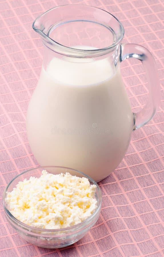 curds mleko zdjęcia stock