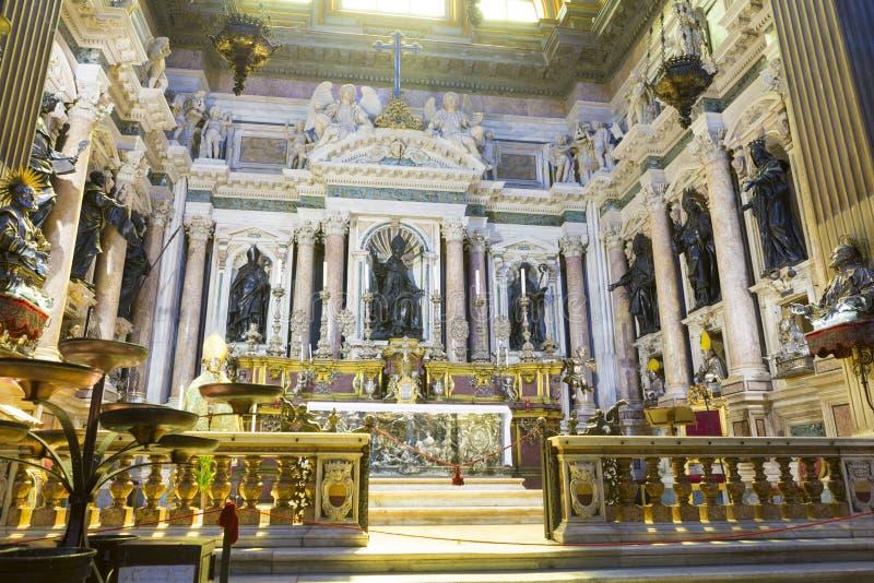 Curia av den Naples kyrkan från Naples arkivfoton