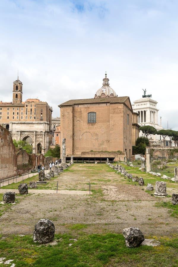 Curia Julia på Roman Forum, Rome, Italien, Europa arkivfoton
