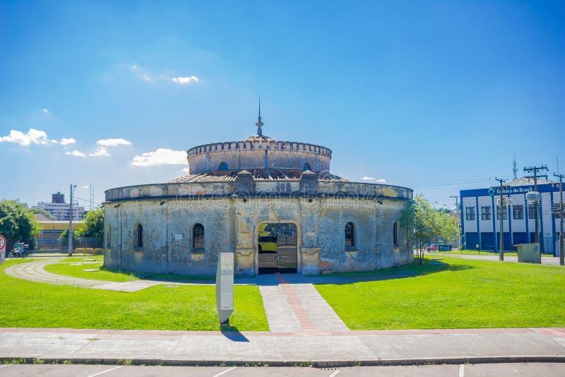 CURITIBA, BRASIL - 12 DE MAIO DE 2016: o teatro do paiol builded em 1874 pelo militar brasileiro e aberto em 1971 como a foto de stock royalty free