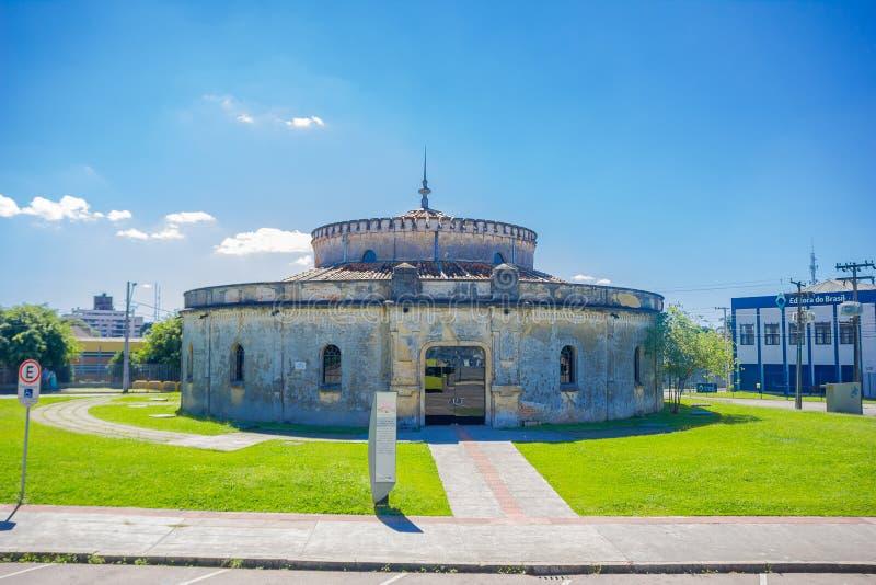 CURITIBA BRASILIEN - MAJ 12, 2016: paiolteatern är ett kulturell ställe och salong för musikaliska händelser royaltyfria foton