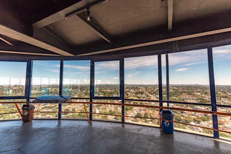 CURITIBA, PARANA/BRAZIL - 27 DE DEZEMBRO DE 2016: Vista da torre panorâmico do ` s de Curitiba imagem de stock royalty free