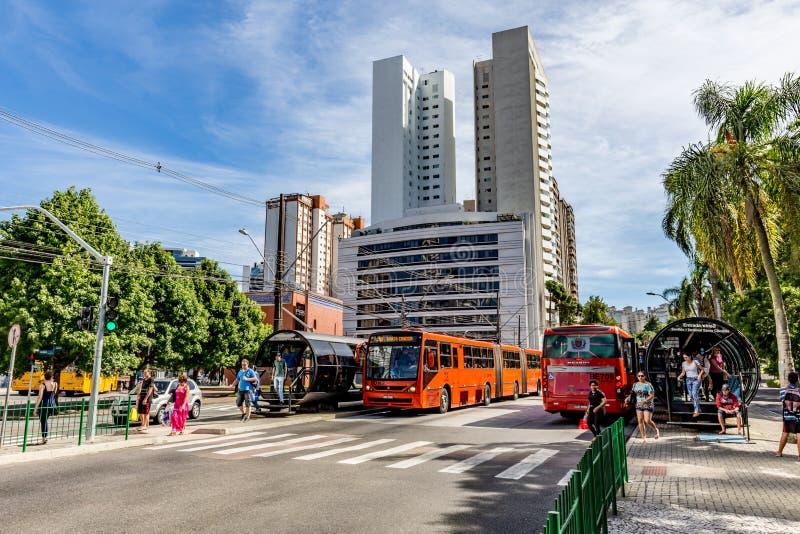 CURITIBA PARANA/BRAZIL - DECEMBER 27 2016: Hållplats royaltyfri fotografi